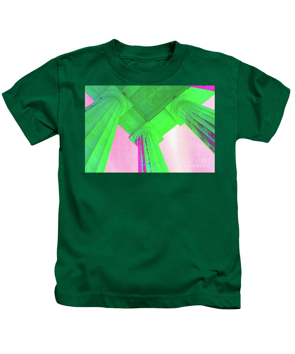Lincoln Memorial Column Kids T-Shirt featuring the photograph Lincoln Column Green by Jost Houk