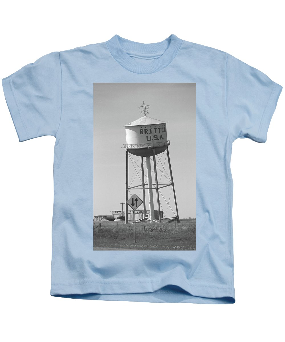 66 Kids T-Shirt featuring the photograph Route 66 - Leaning Water Tower by Frank Romeo