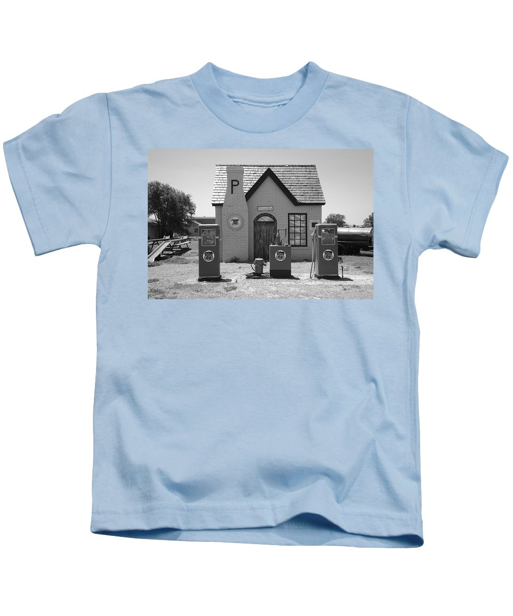 66 Kids T-Shirt featuring the photograph Route 66 - Phillips 66 Gas Station by Frank Romeo
