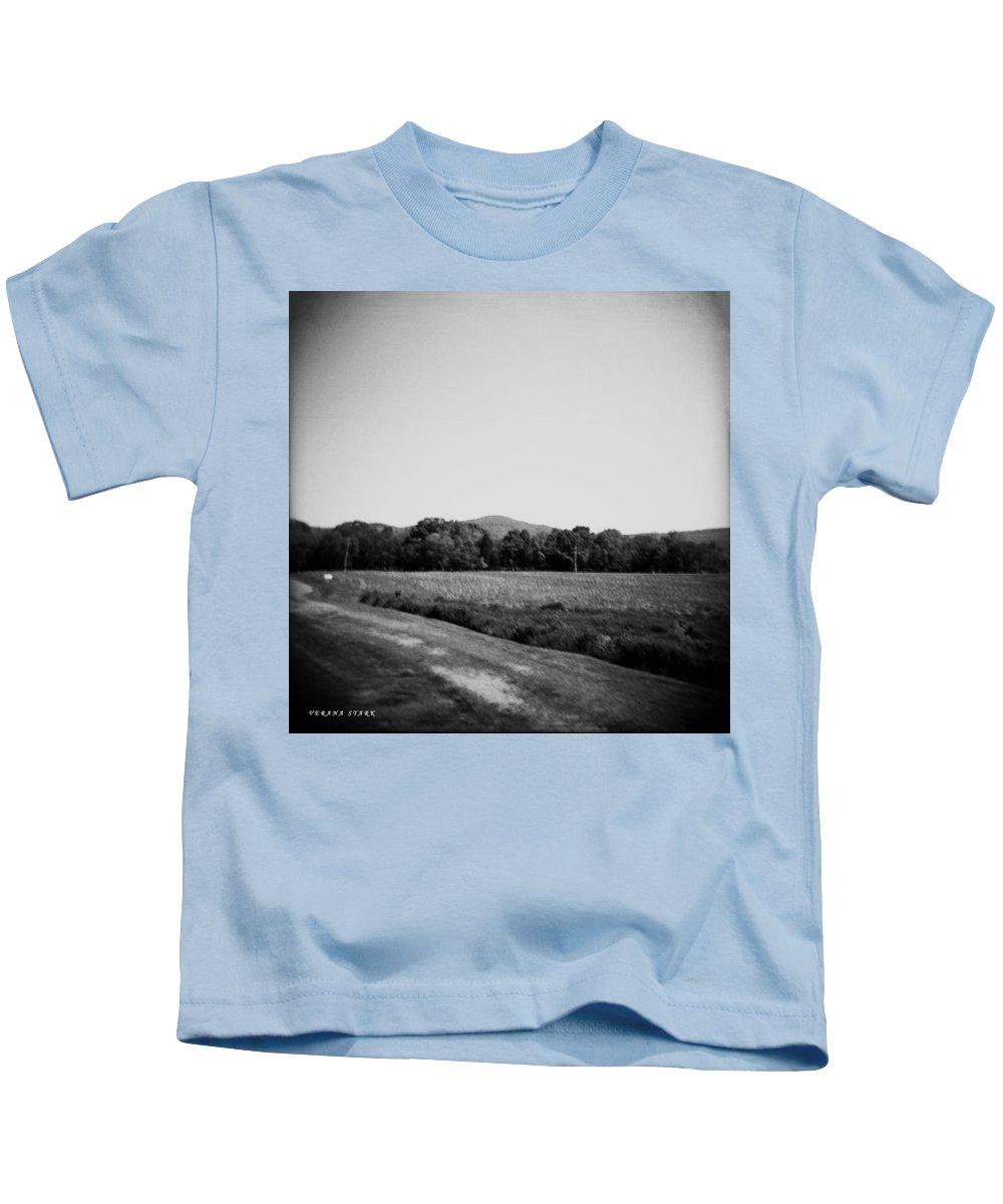 Alabama Kids T-Shirt featuring the photograph Alabama Mountains 4 by Verana Stark