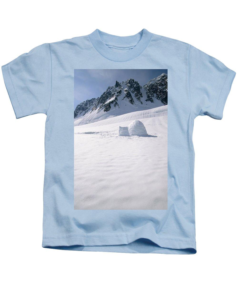 Alaska Range Kids T-Shirt featuring the photograph Alaska Range And Glacier With Igloo by Jeff Schultz