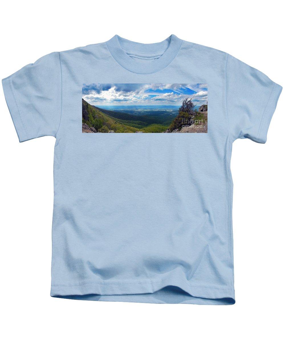 At Kids T-Shirt featuring the photograph Appalachain Trail View by Glenn Gordon