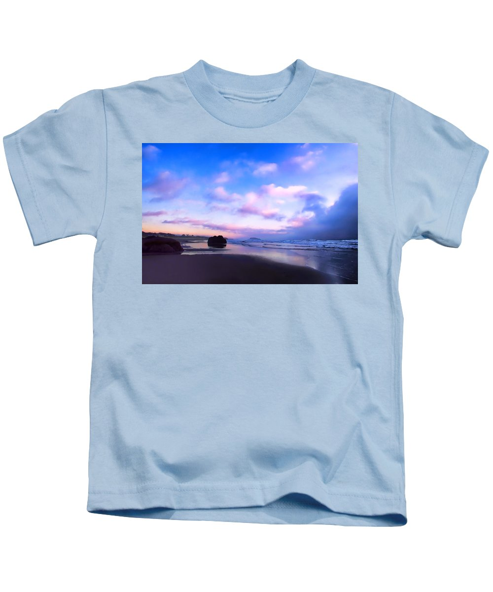 Bandon Oregon Kids T-Shirt featuring the photograph Bandon Beach Painted Sunset by Athena Mckinzie