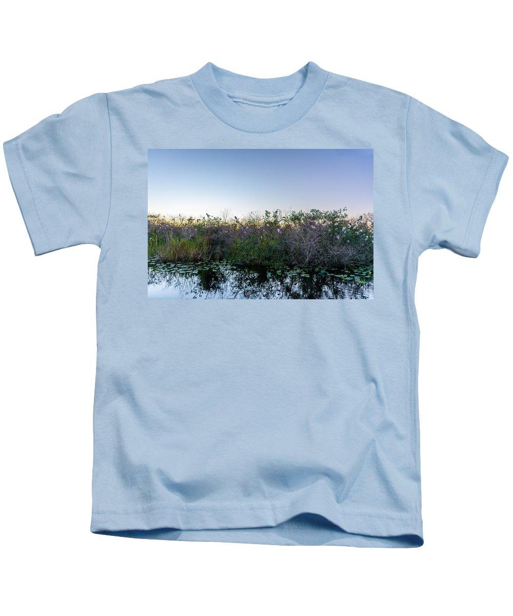 Birds Kids T-Shirt featuring the photograph Bird Paradise by Manuel Lopez