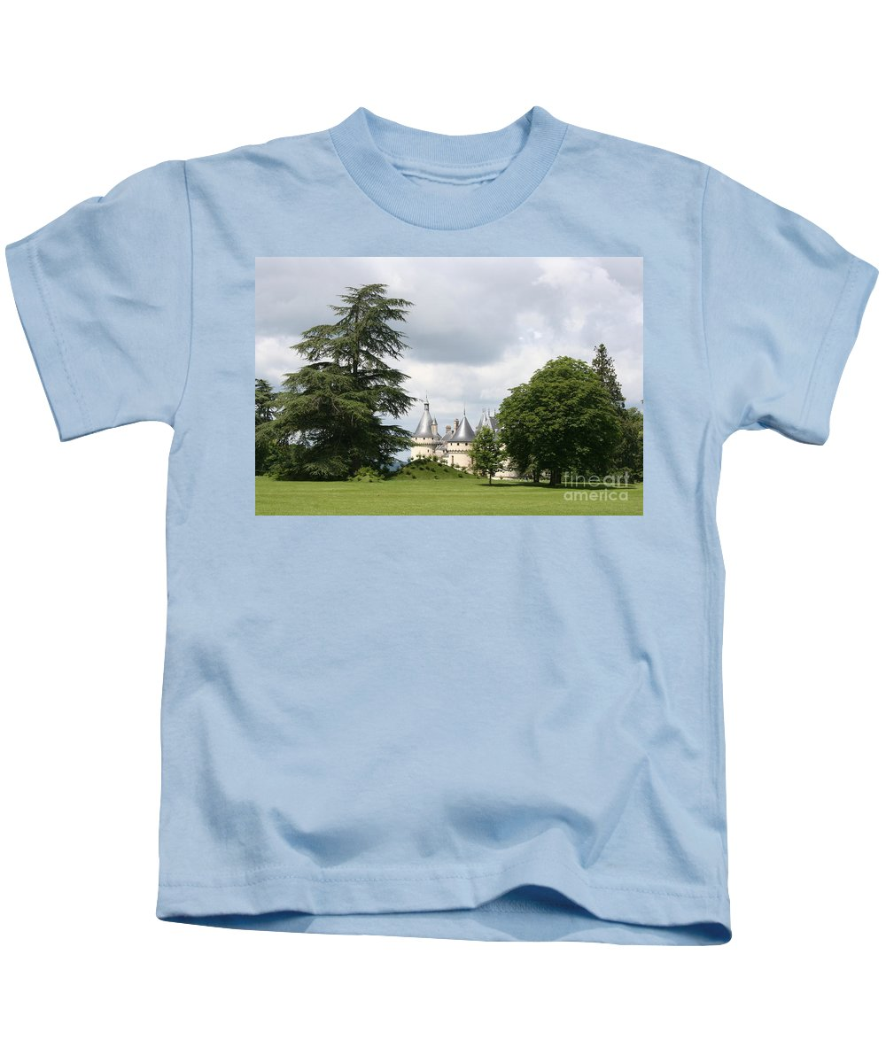 Palace Kids T-Shirt featuring the photograph Dreamlike - Chateau Chaumont by Christiane Schulze Art And Photography