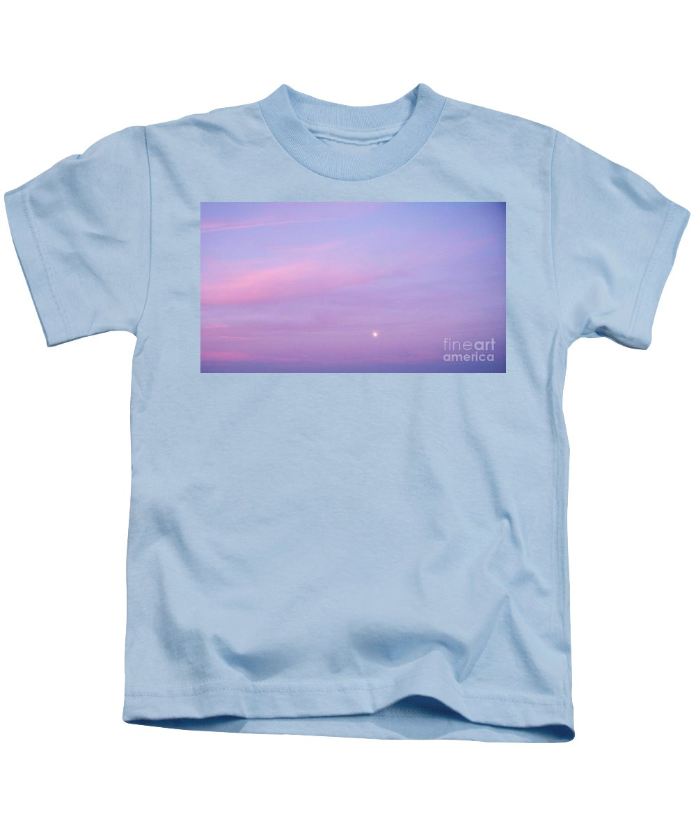 Fenwick Kids T-Shirt featuring the photograph Fenwick Delaware Twilight Moon by Eric Schiabor