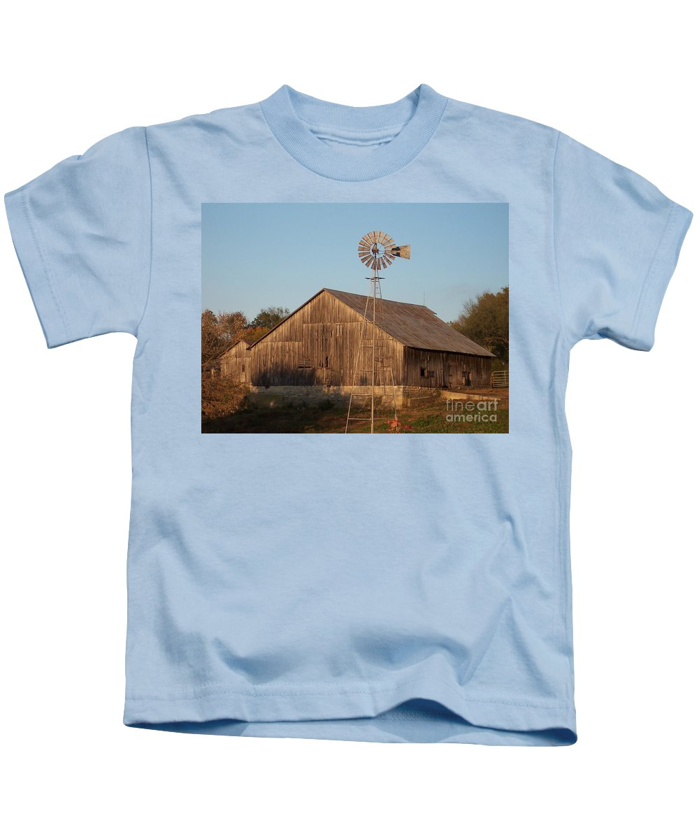 Barn Kids T-Shirt featuring the photograph Laurel Road Barn by Brook Steed
