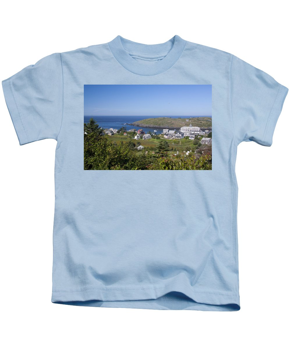 Port Kids T-Shirt featuring the photograph Looking To Port by Jean Macaluso