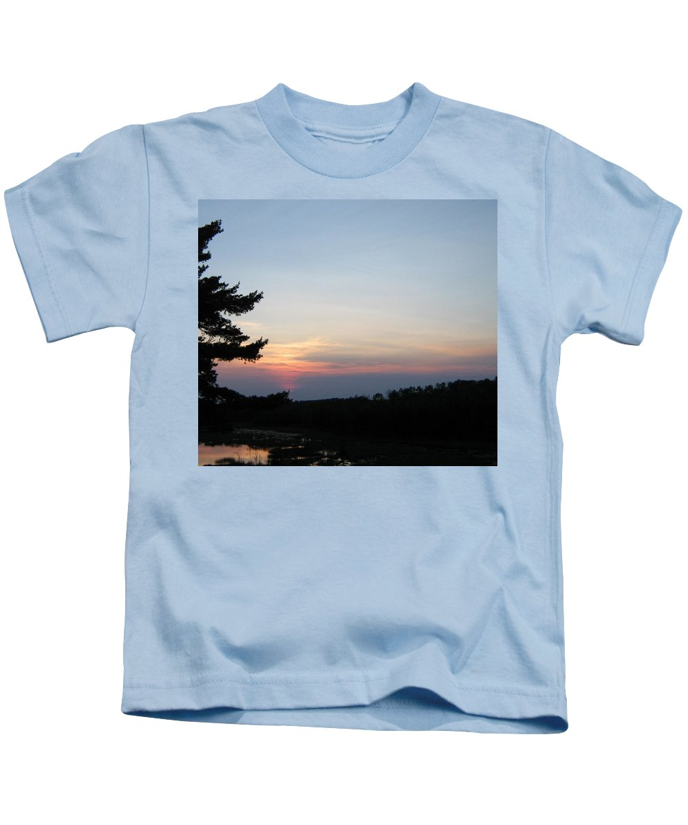 Sky Kids T-Shirt featuring the photograph Minnesota Sunset by Barbara Yearty
