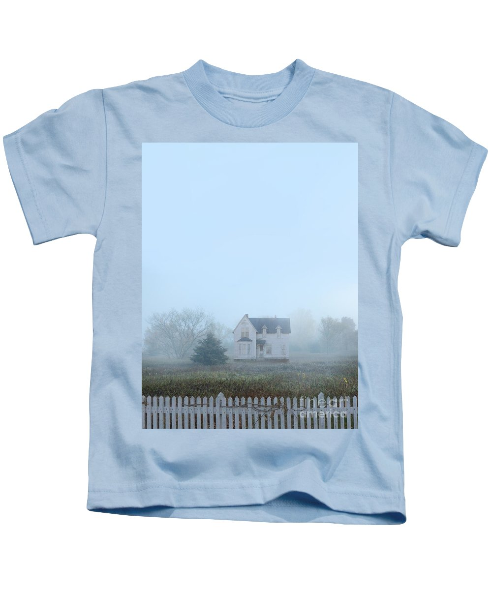 House Kids T-Shirt featuring the photograph Old House In The Mist by Jill Battaglia