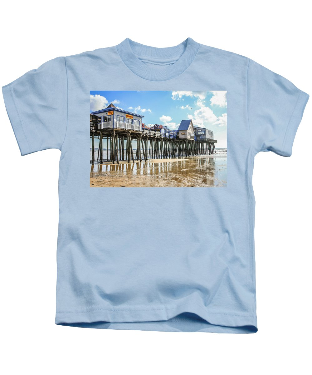 Maine Kids T-Shirt featuring the photograph Pier At Low Tide by Jane Luxton