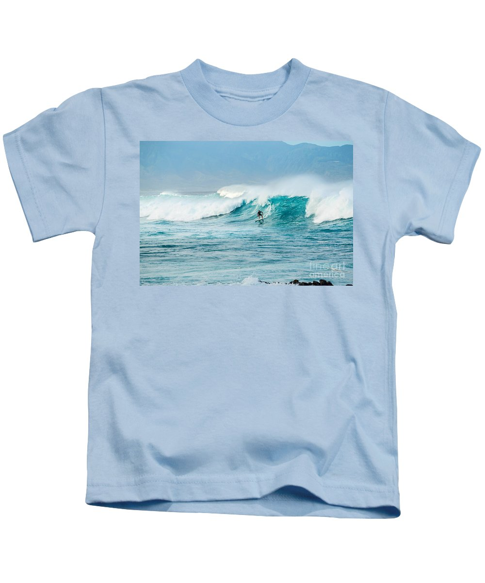 Hookipa Beach Kids T-Shirt featuring the photograph Power Thru by Jamie Pham