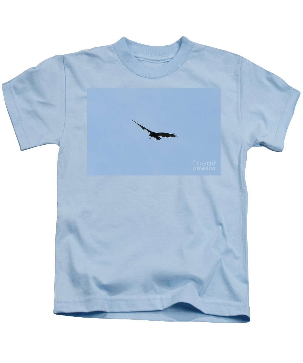 Vulture Kids T-Shirt featuring the photograph Pre-capture by Neal Eslinger
