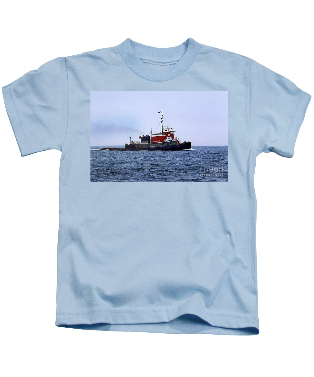 Maritime Kids T-Shirt featuring the photograph Red Tug by Skip Willits