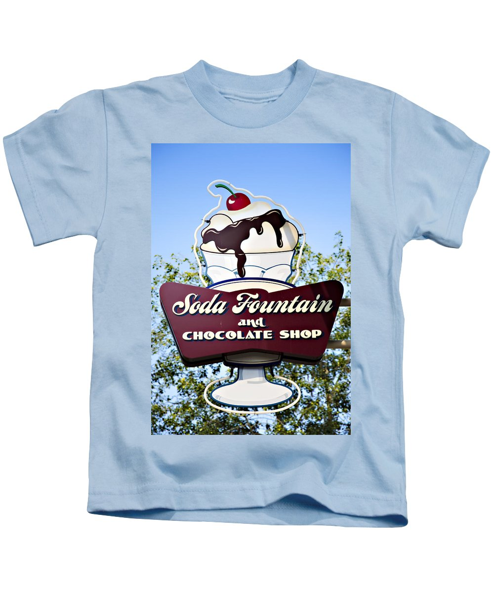Ghirardelli Kids T-Shirt featuring the photograph Soda Fountain by Ricky Barnard