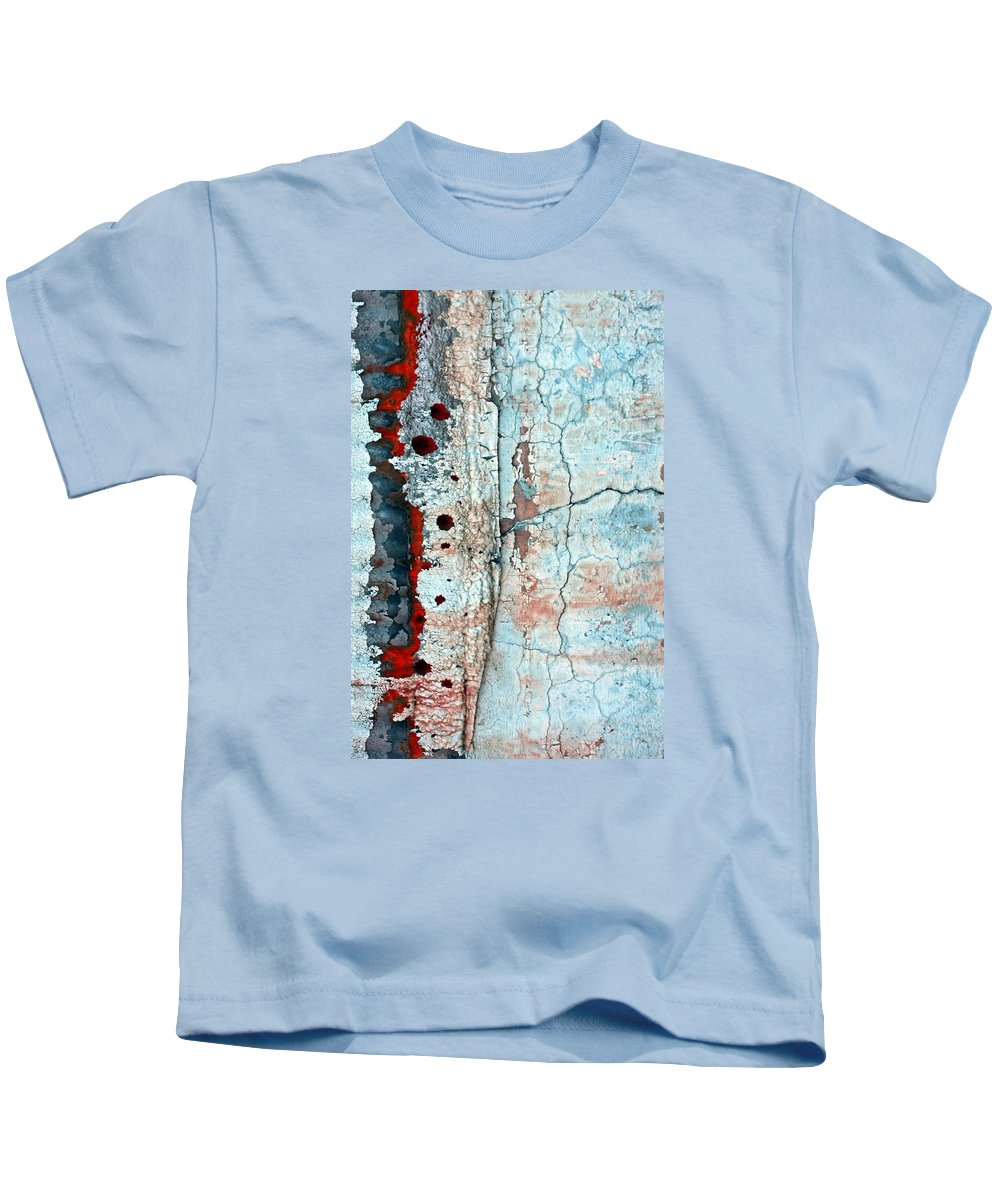 Abstract Kids T-Shirt featuring the photograph Spinal Tap by Marcia Lee Jones