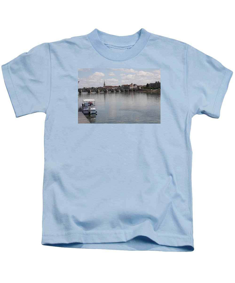 Bridge Kids T-Shirt featuring the photograph Stone Arch Bridge - Macon by Christiane Schulze Art And Photography
