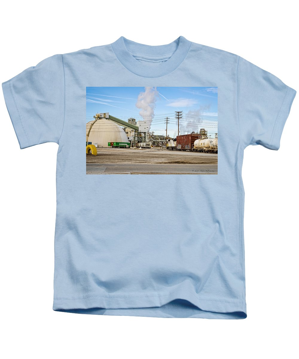 Borax Kids T-Shirt featuring the photograph The Borax Plant And Locomotive by Jim Thompson