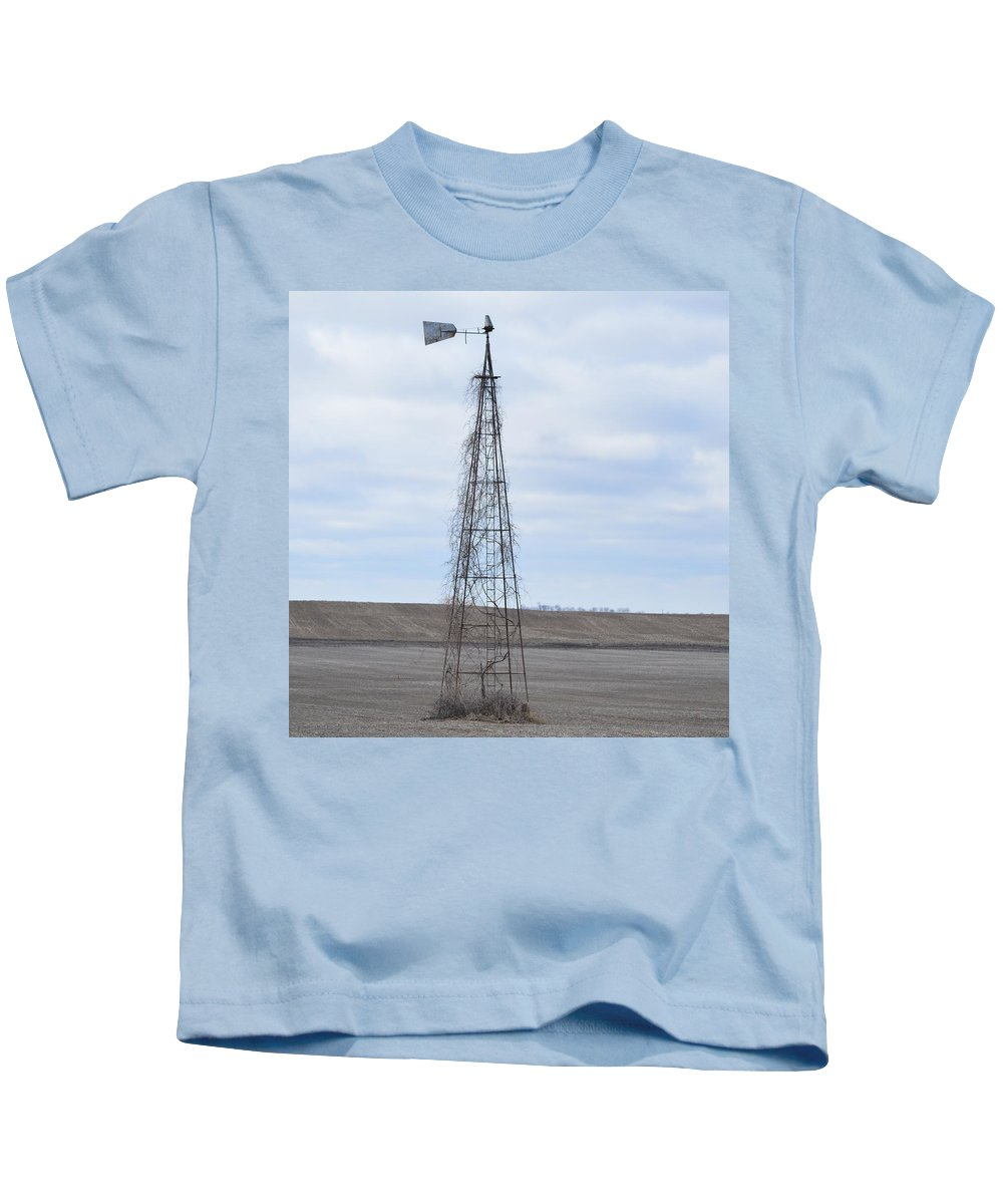 Trellis Kids T-Shirt featuring the photograph Vine Trellis by Bonfire Photography