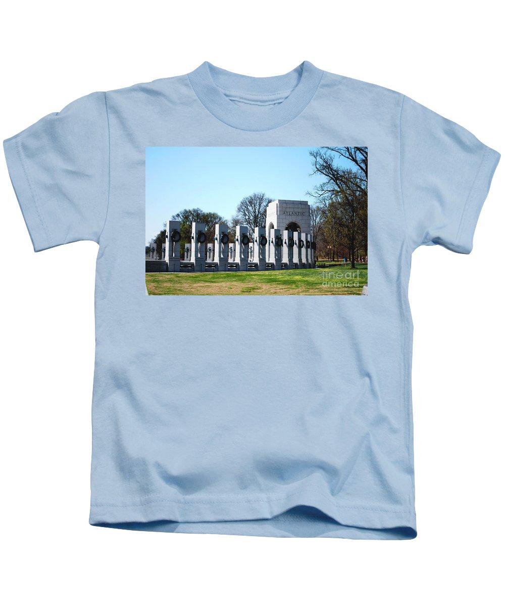 World War Ii Kids T-Shirt featuring the photograph World War II Memorial by DejaVu Designs