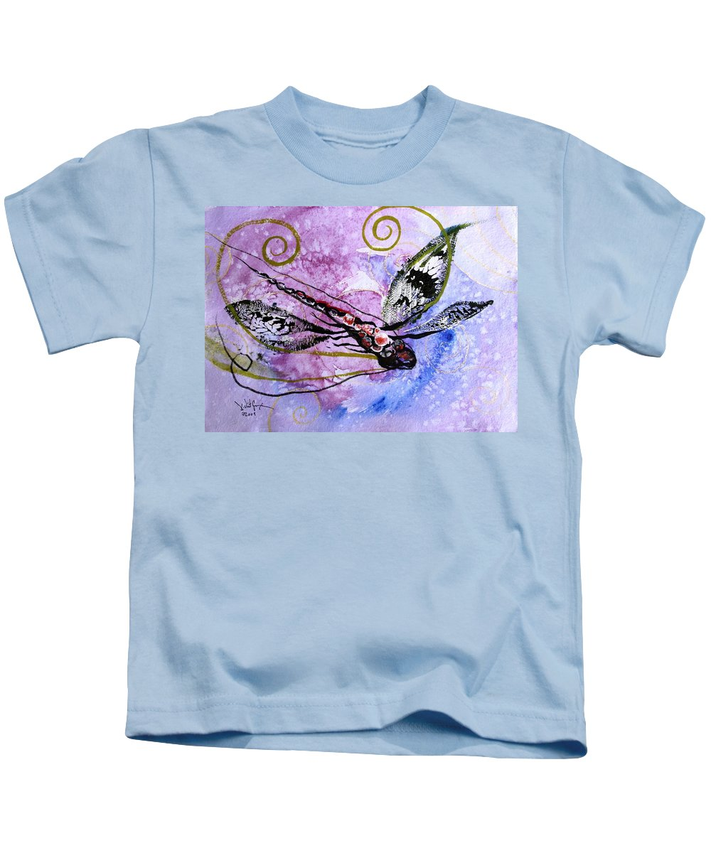 Dragonfly Kids T-Shirt featuring the painting Abstract Dragonfly 6 by J Vincent Scarpace