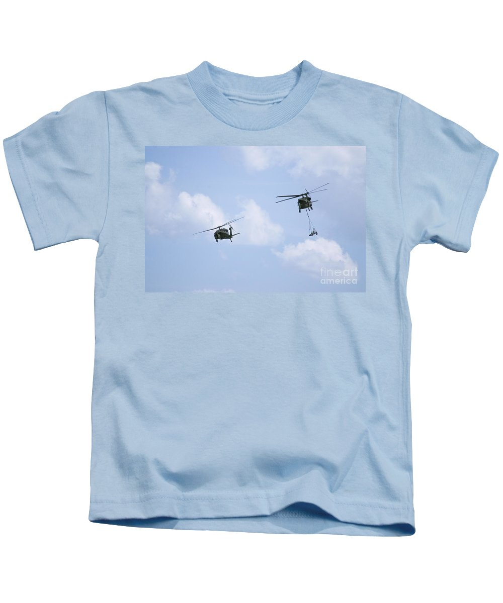 Us Army Kids T-Shirt featuring the photograph Blackhawk Sling Load by Tim Mulina