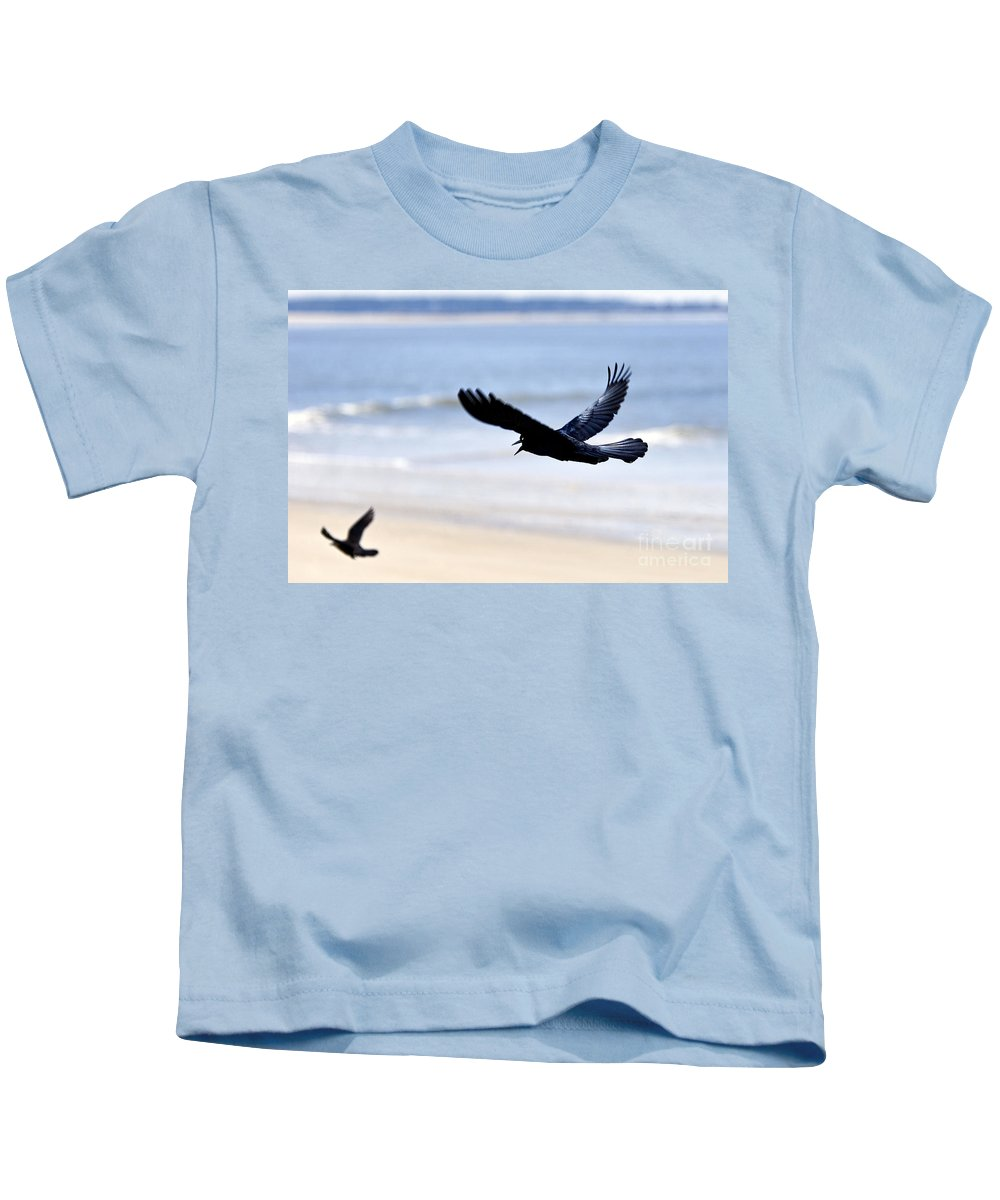 Boat-tailed Kids T-Shirt featuring the photograph Boat-tailed Grackle - D006732 by Daniel Dempster