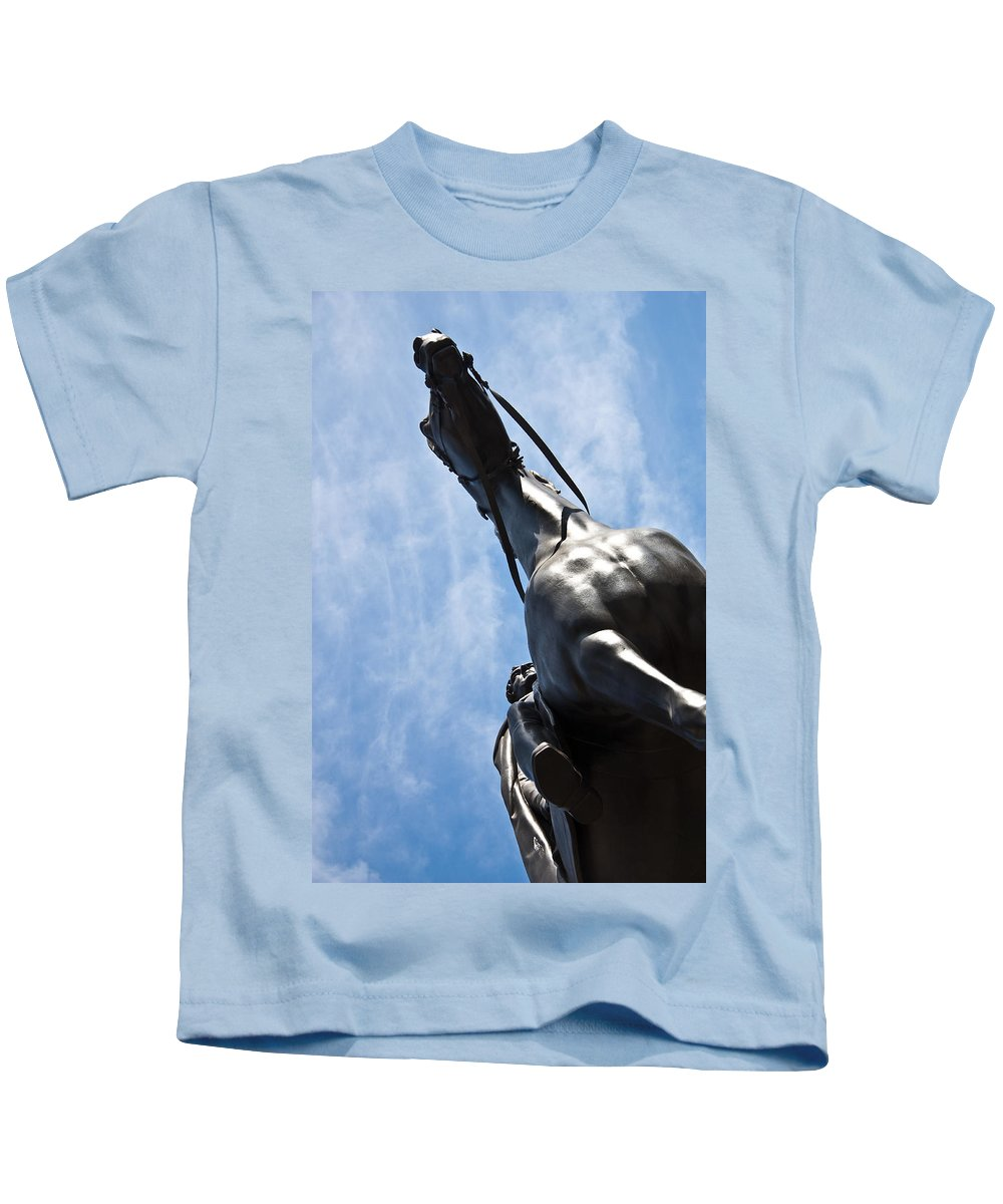 London Building Kids T-Shirt featuring the photograph Duke Of Wellington by Dawn OConnor