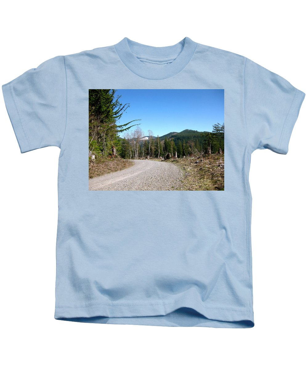 Snow Kids T-Shirt featuring the photograph Look Snow by Linda Hutchins