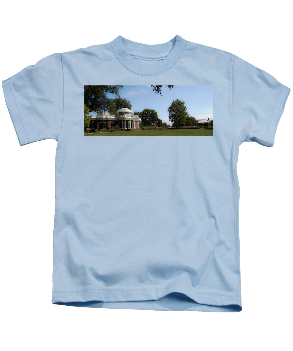 Monticello Kids T-Shirt featuring the photograph Monticello Grounds by DigiArt Diaries by Vicky B Fuller