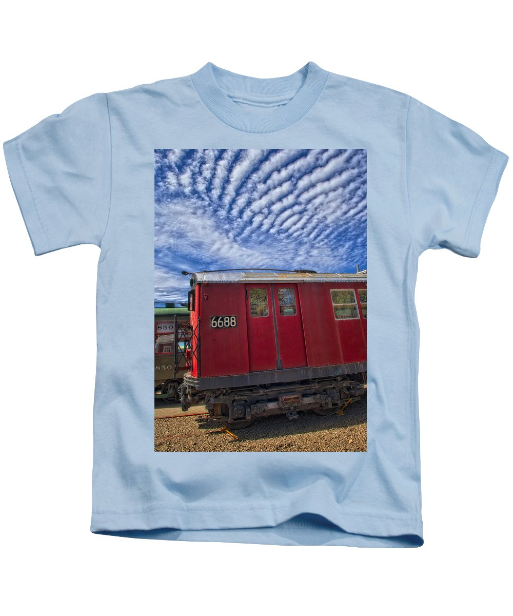 Number 7 Train Kids T-Shirt featuring the photograph Nyc Subway No 7 by Susan Candelario