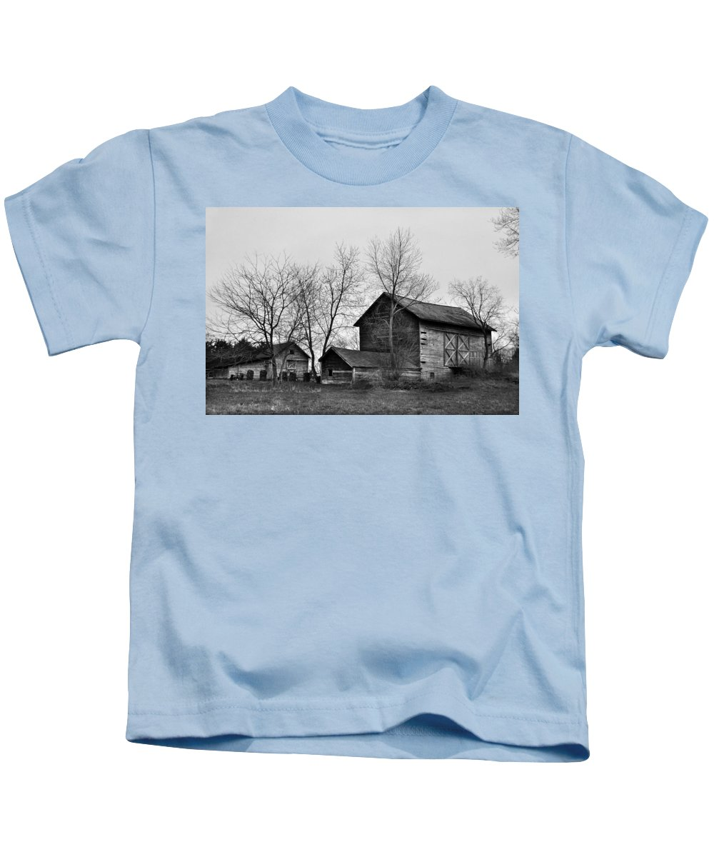 Barn Old Monochrome lack And White Rustic Abandoned Abandon Building Jdfielding Photography Kids T-Shirt featuring the photograph Old Barn In Monochrome by JD Fielding