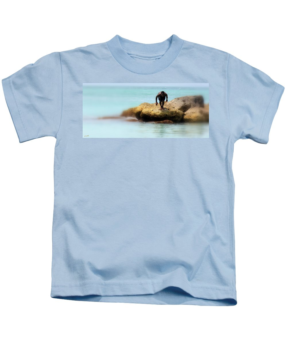 Ready To Launch Kids T-Shirt featuring the photograph Ready To Launch by Edward Smith