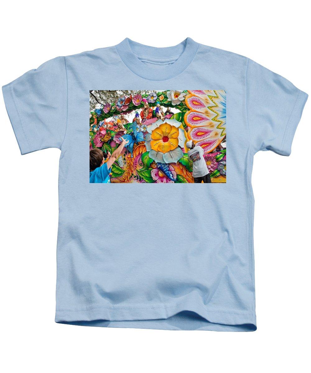 New Orleans Kids T-Shirt featuring the photograph Rex Mardi Gras Parade Ix by Steve Harrington