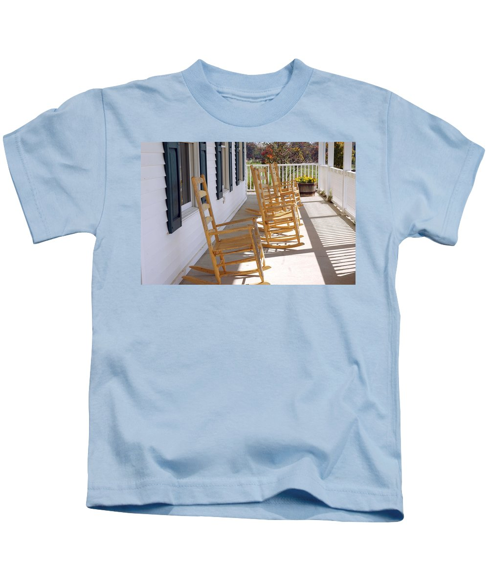 Usa Kids T-Shirt featuring the photograph Rocking Around The Clock by LeeAnn McLaneGoetz McLaneGoetzStudioLLCcom