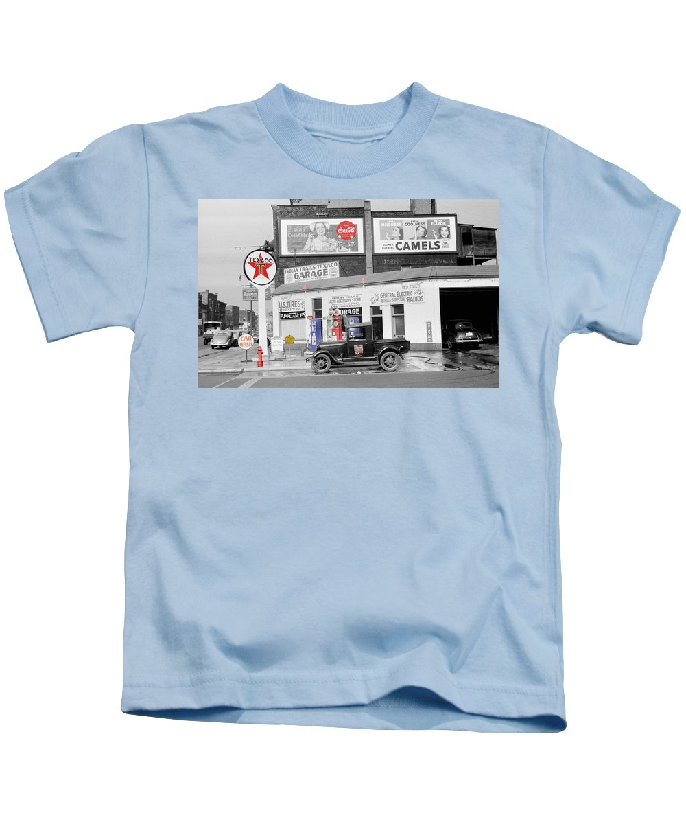 Gas Station Kids T-Shirt featuring the photograph Texaco Station by Andrew Fare