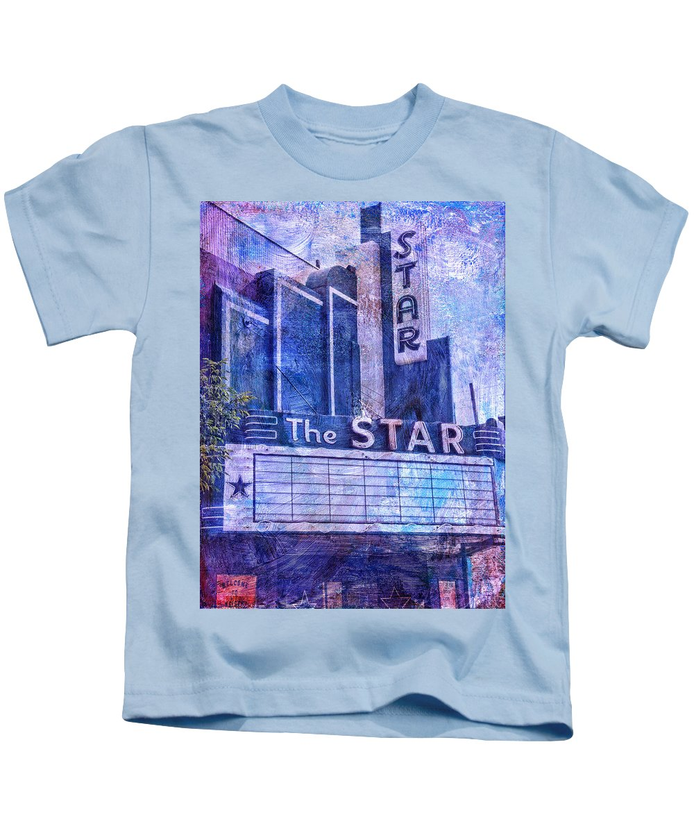 The Star Kids T-Shirt featuring the photograph The Star by Dominic Piperata
