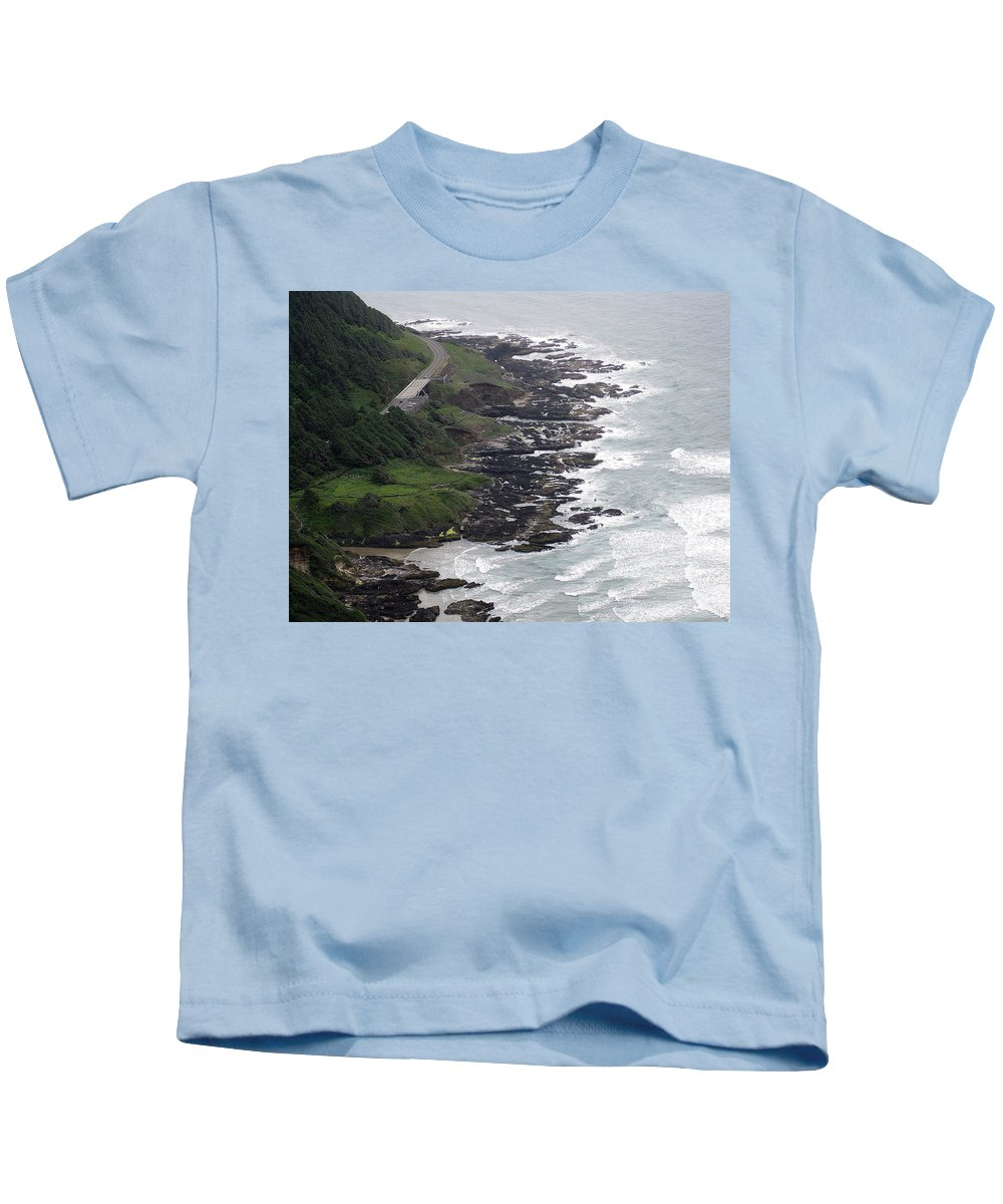 Cape Kids T-Shirt featuring the photograph View From Cape Perpetua by Linda Hutchins