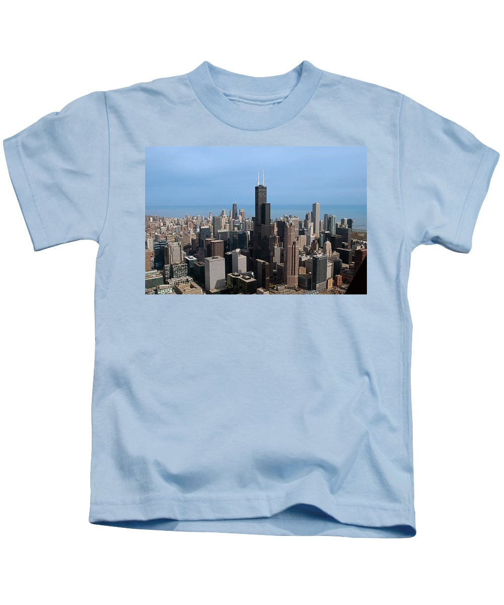 Cities Kids T-Shirt featuring the photograph Willis Sears Tower 03 Chicago by Thomas Woolworth