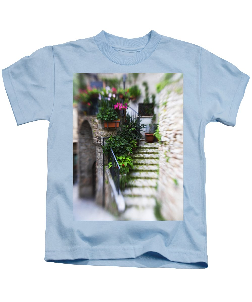 Italy Kids T-Shirt featuring the photograph Archway And Stairs by Marilyn Hunt