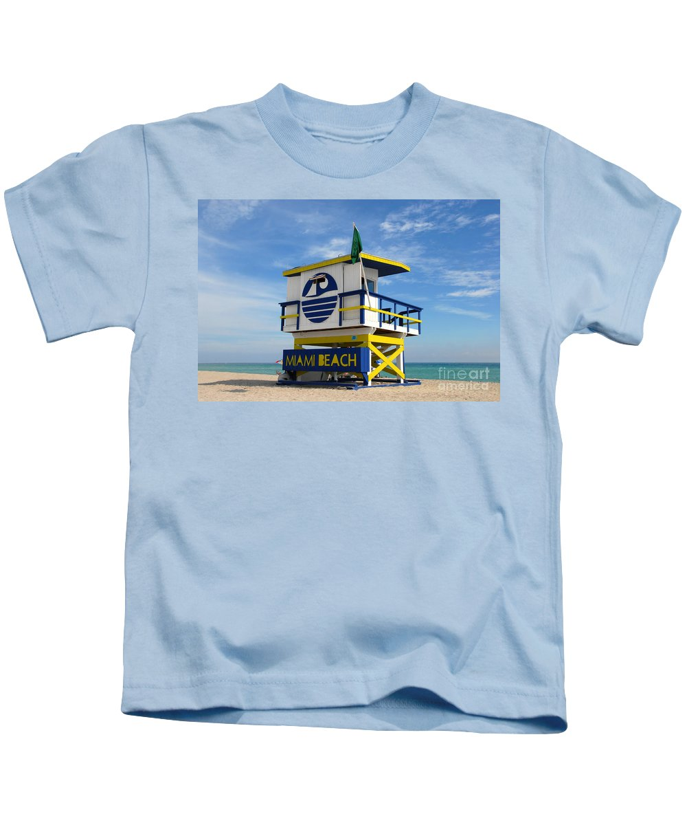 Miami Beach Kids T-Shirt featuring the photograph Art Deco Lifeguard Stand by David Lee Thompson