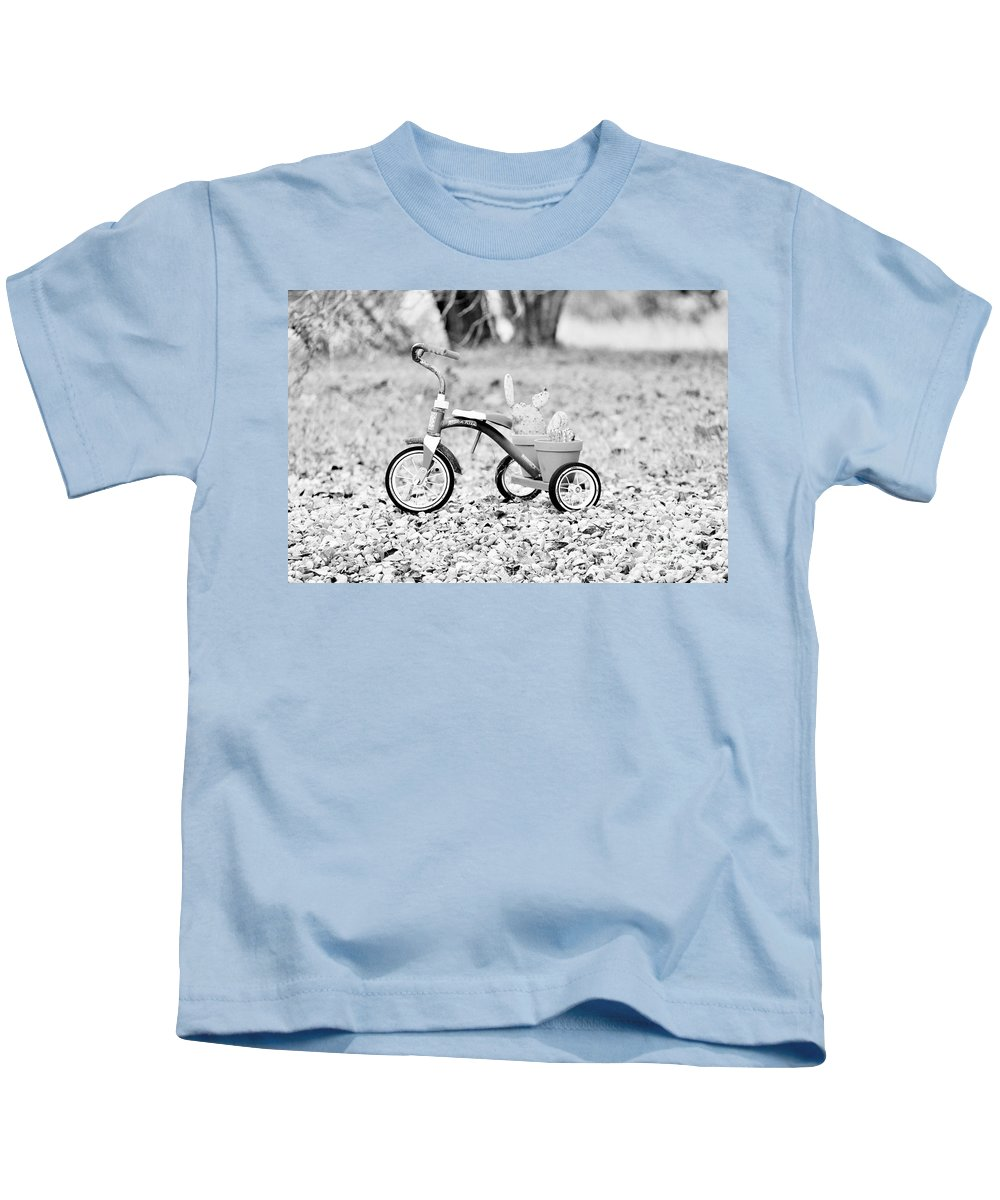 Kids T-Shirt featuring the photograph B/w033 by Jeff Downs