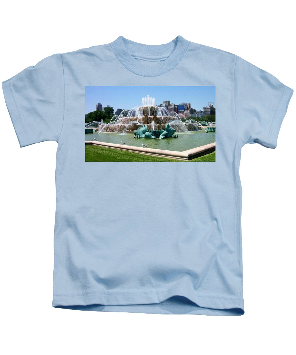 Chicago Kids T-Shirt featuring the photograph Buckingham Fountain by Anita Burgermeister