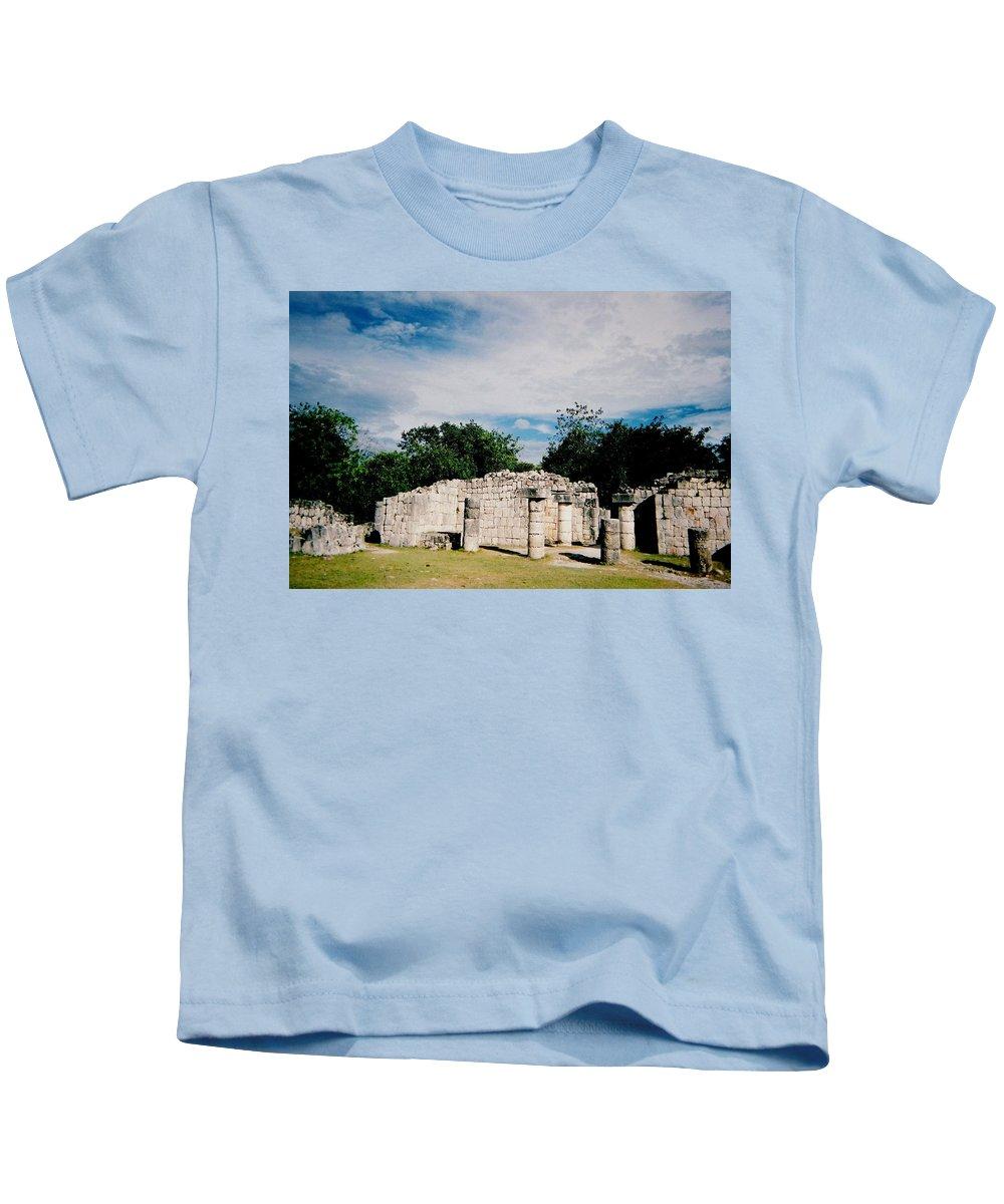 Chitchen Itza Kids T-Shirt featuring the photograph Chichen Itza 2 by Anita Burgermeister