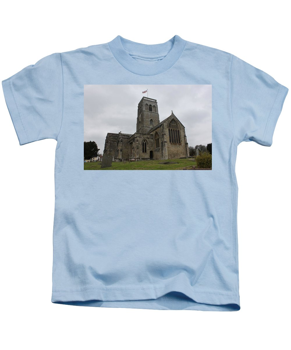 Wedmore Kids T-Shirt featuring the photograph Church Of St. Mary's - Wedmore by Lauri Novak