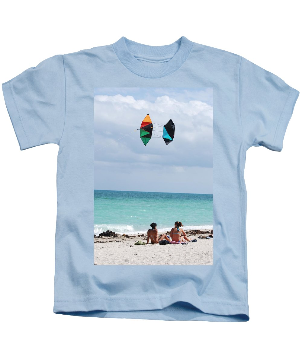Sea Scape Kids T-Shirt featuring the photograph Close Encounters by Rob Hans