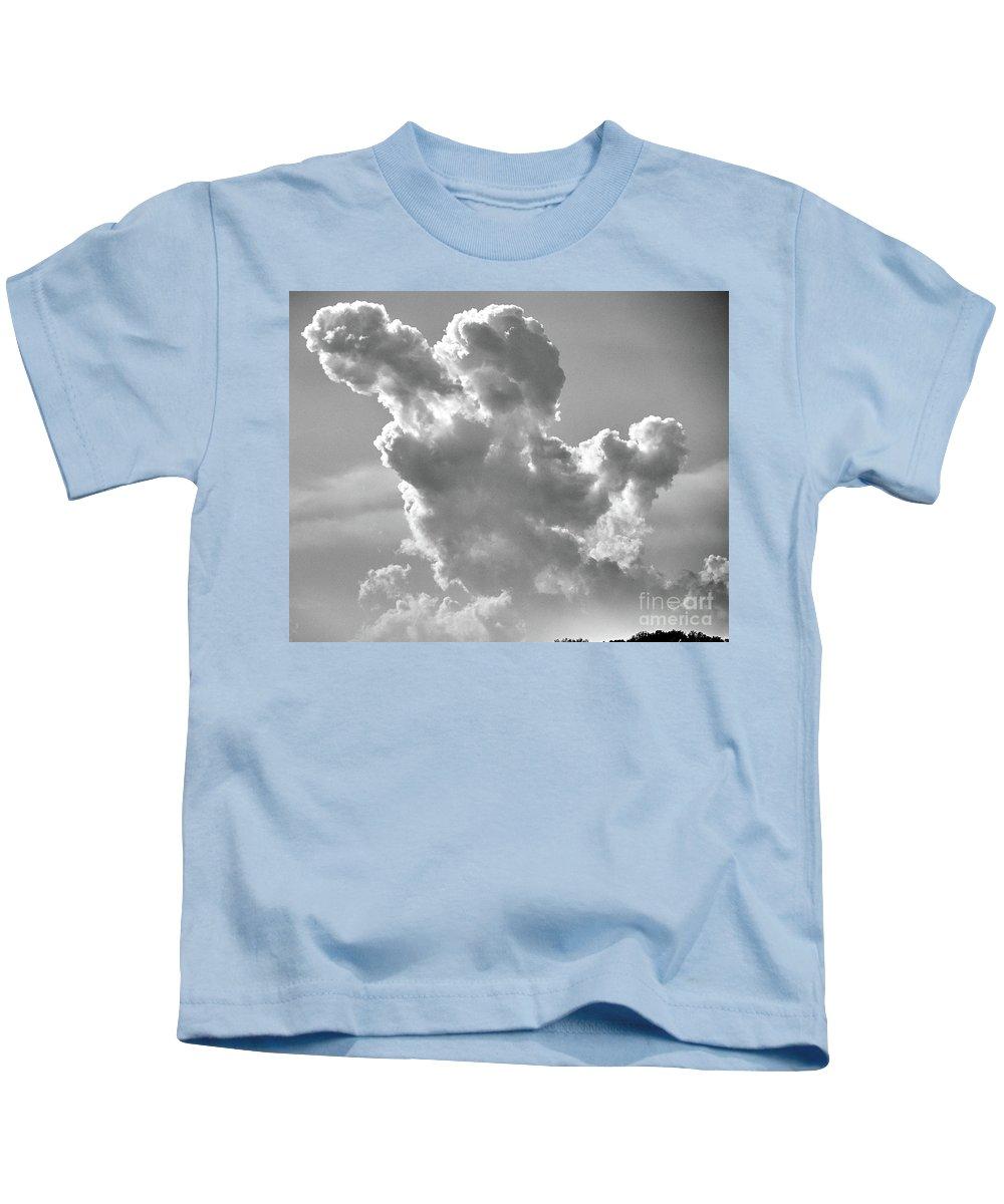 Cloud Kids T-Shirt featuring the photograph Cloud by Stanton Tubb