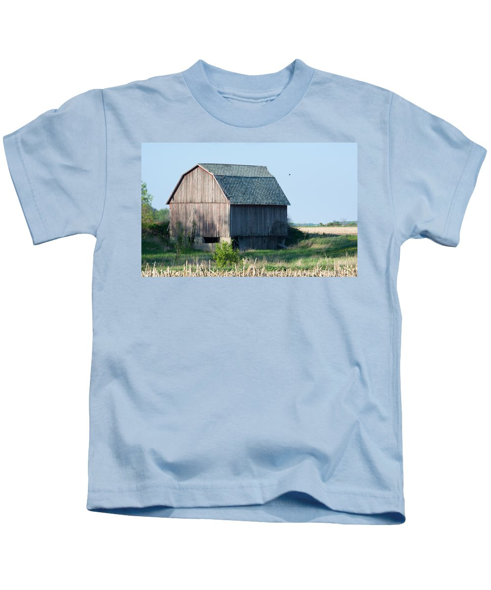 Farm Kids T-Shirt featuring the photograph Country Barn by Linda Kerkau
