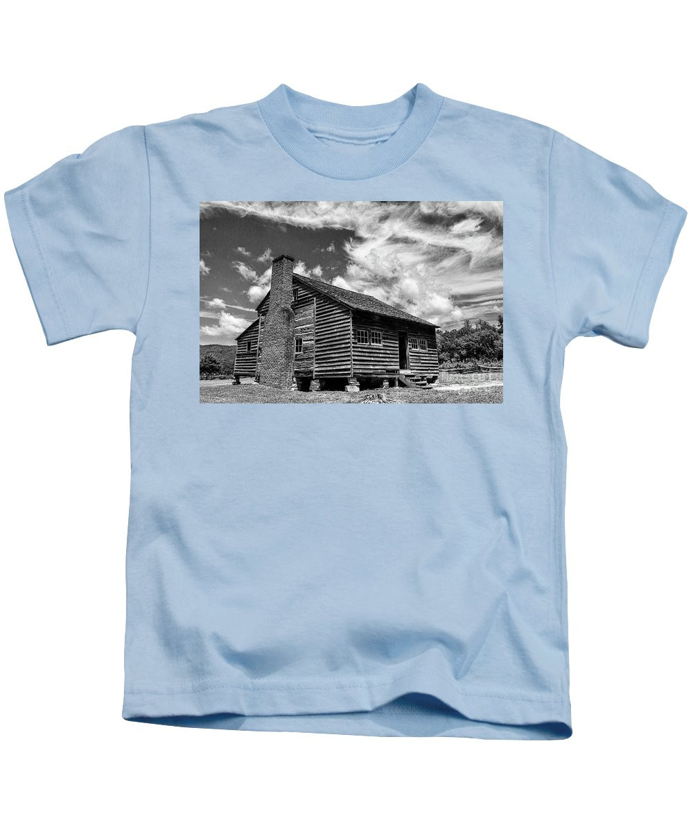 Dan Lawson Kids T-Shirt featuring the photograph Dan Lawson Place With Brick Chimney by Rodney Cammauf