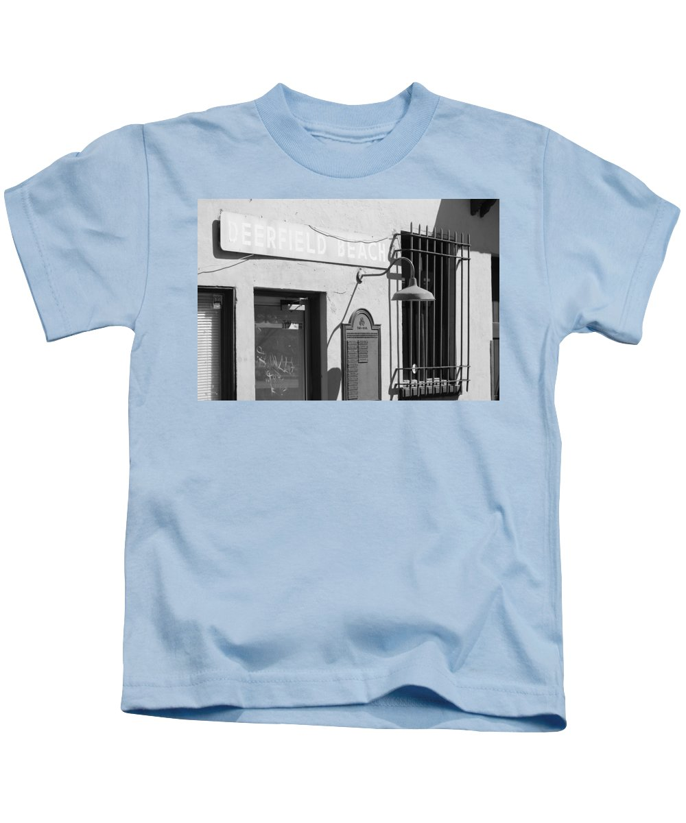 Train Station Kids T-Shirt featuring the photograph Deerfield Beach Train Station by Rob Hans